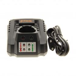 Chargeur de batterie taille haie Stihl HSA 25